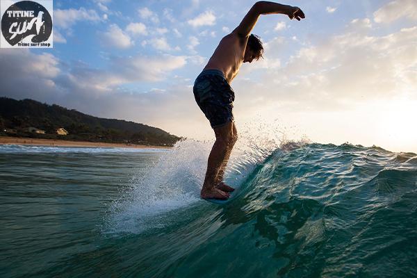 Shortboard vs Longboard บอร์ดแบบไหนที่ใช่กับคุณ titinesurfshop.comอุปกรณ์